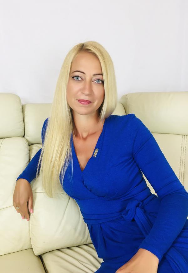 Máté-Tolonics Beáta Ilona